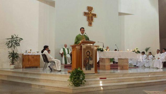Don Maurizio saluta la comunità di San Paolo